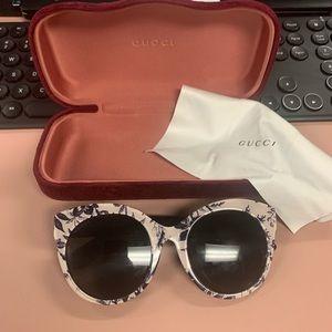 Gucci floral cat eye sunglasses